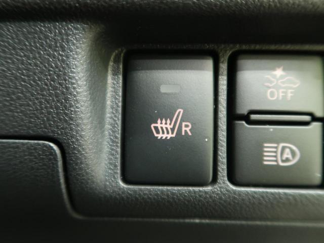【運転席シートヒーター】運転席にはシートヒーターを装備。季節を問わず快適にドライブできます。