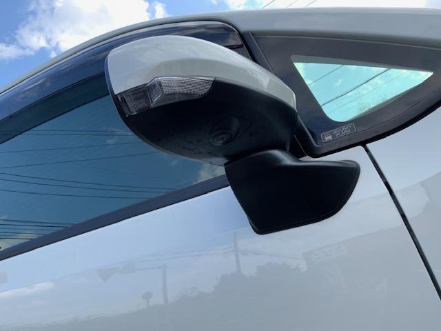 カスタム XリミテッドII SAIII ケンウッド新品ナビ パノラマモニター 運転席シートヒーター オートライト オートマチックハイビーム スマートアシスト3(12枚目)