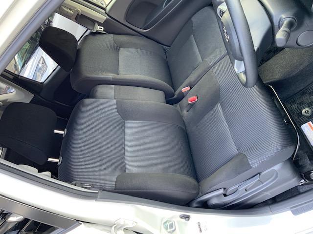 カスタム XリミテッドII SAIII ケンウッド新品ナビ パノラマモニター 運転席シートヒーター オートライト オートマチックハイビーム スマートアシスト3(16枚目)