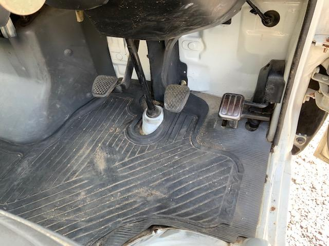 4WD 荷台と背面塗装仕上げ済み タイミングベルトH29.1.17交換済み エアコンレス(34枚目)