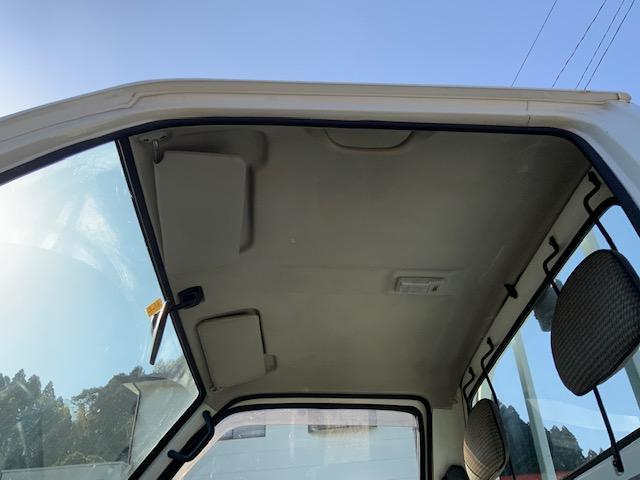 4WD 荷台と背面塗装仕上げ済み タイミングベルトH29.1.17交換済み エアコンレス(41枚目)