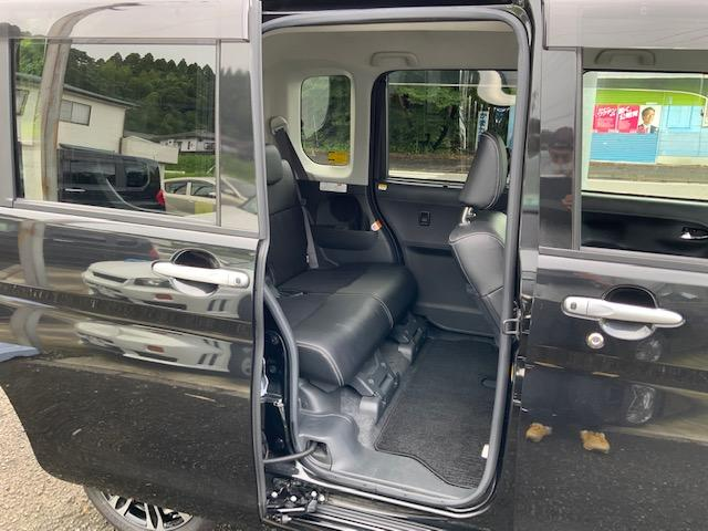 カスタムRS トップエディションSAIII 両側パワースライドドア LEDヘッドライト LEDフォグ オートライト オートハイビーム オートエアコン スマートアシスト 運転席シートヒーター キーフリー オート電動格納ミラー ターボ(13枚目)