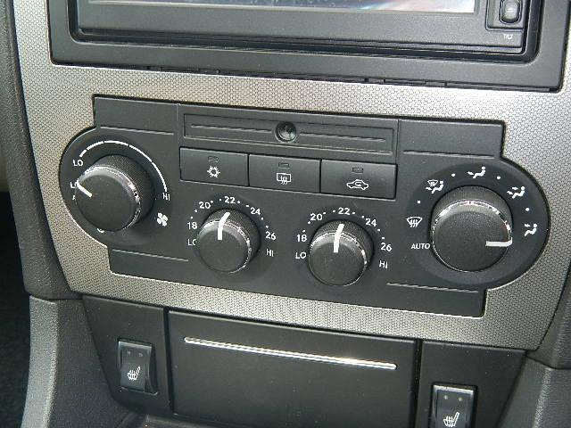 「クライスラー」「クライスラー 300C」「セダン」「熊本県」の中古車23