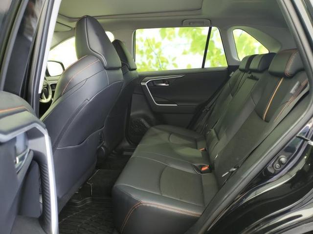 アドベンチャー 純正 9インチ メモリーナビ/シート フルレザー/車線逸脱防止支援システム/ヘッドランプ LED/ETC/EBD付ABS/横滑り防止装置/TV/エアバッグ 運転席/エアバッグ 助手席 革シート 4WD(7枚目)