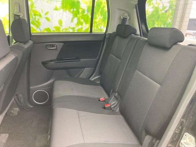 T ヘッドランプ HID/EBD付ABS/エアバッグ 運転席/エアバッグ 助手席/アルミホイール/パワーウインドウ/エンジンスタートボタン/キーレスエントリー/オートエアコン/パワーステアリング(7枚目)