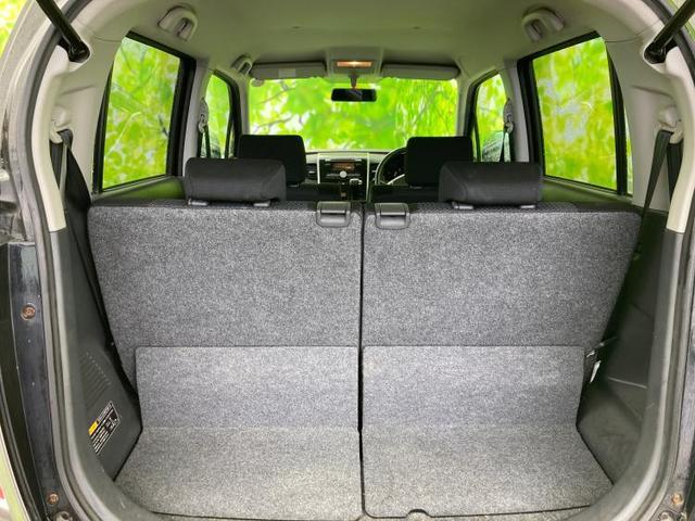 T ヘッドランプ HID/EBD付ABS/エアバッグ 運転席/エアバッグ 助手席/アルミホイール/パワーウインドウ/エンジンスタートボタン/キーレスエントリー/オートエアコン/パワーステアリング(8枚目)