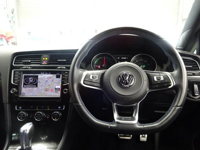 フォルクスワーゲン VW ゴルフGTE ワンオーナー  禁煙車