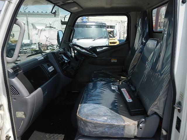5.2D 高所作業車 エアバッグ 5MT ディーゼル(13枚目)