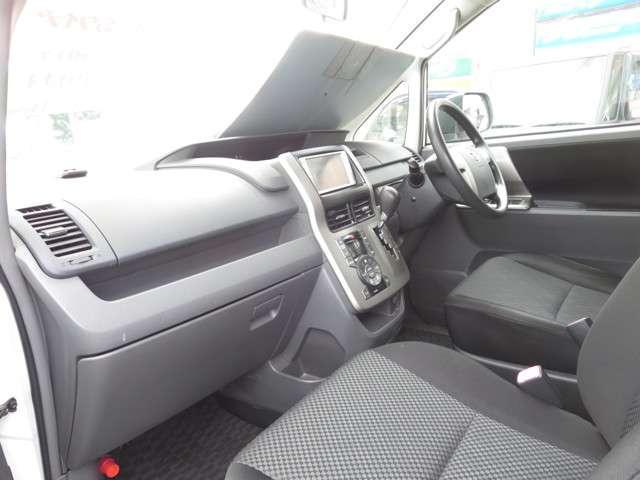 トヨタ ノア S 片側パワースライドドア HDDナビ フルセグテレビ
