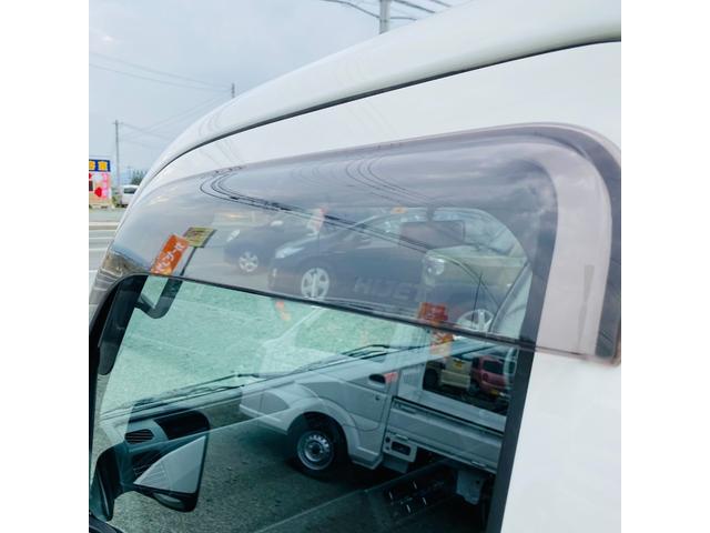 スタンダード 4WD エアコン パワステ ドアバイザー フロアマット 3方開き ライトレベライザー 荷台ゴムマット(5枚目)