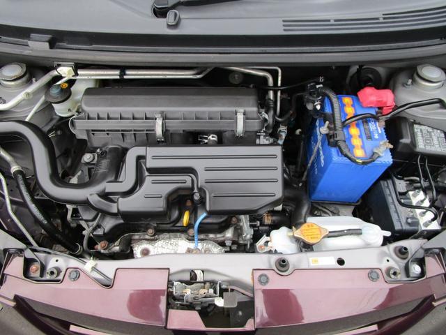 エンジンもキレイですよ(^◇^)タイミングチェーン式となっております!!