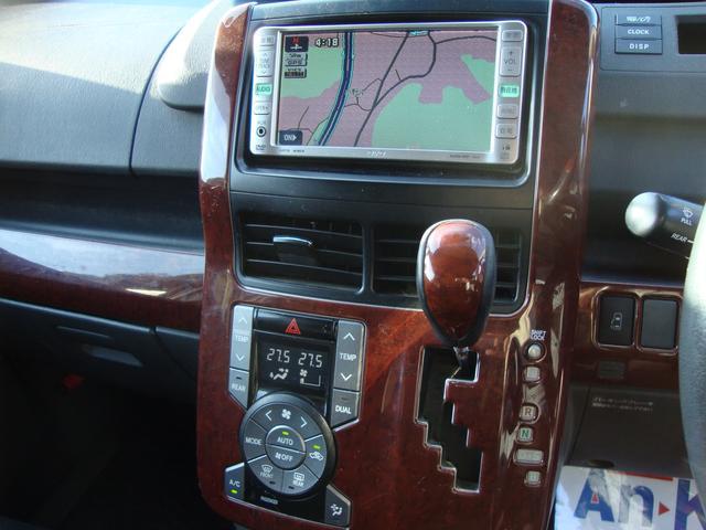 トヨタ ヴォクシー Z リアモニター パワースライド プッシュスタート