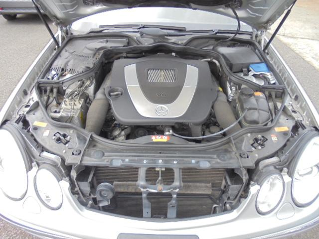 E280 社外ナビ 17インチAW ディーラー車 右ハンドル(10枚目)