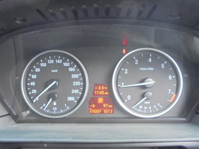 BMW BMW 530i ディーラー車 サンルーフ 本革シート HIDライト