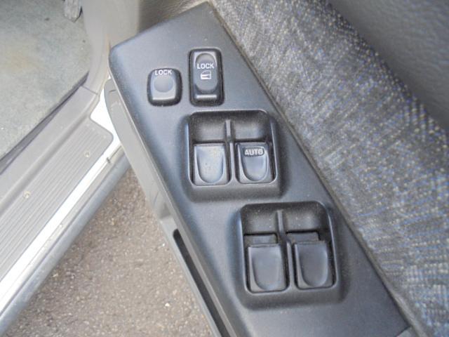 プレジール ロング 4WD キーレス タイミングベルト交換済(18枚目)