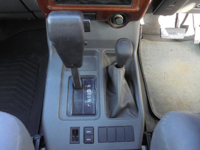 プレジール ロング 4WD キーレス タイミングベルト交換済(25枚目)