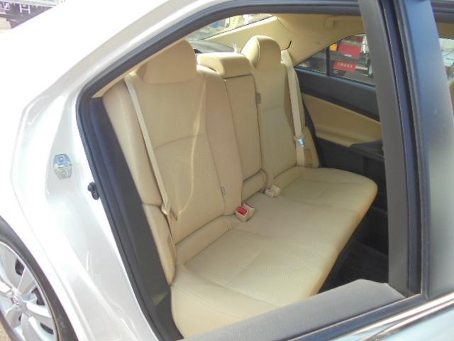 250G Fパッケージ ワンオーナー車・メモリーナビ・地デジフルセグTV・DVD再生・Bluetooth・純正キーレス・オートAC・HIDヘッドライト(16枚目)