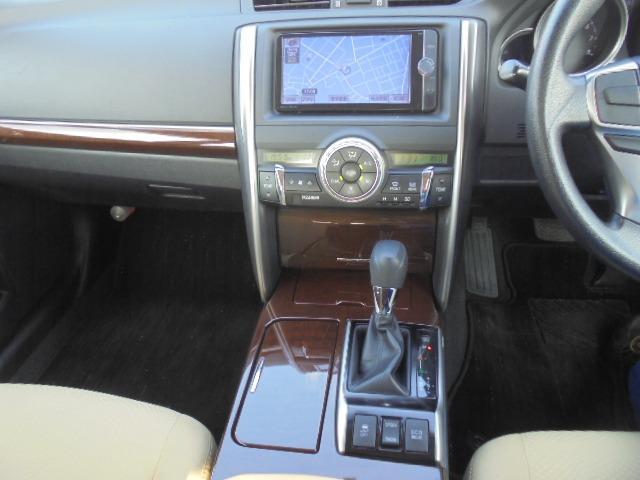 250G Fパッケージ ワンオーナー車・メモリーナビ・地デジフルセグTV・DVD再生・Bluetooth・純正キーレス・オートAC・HIDヘッドライト(21枚目)