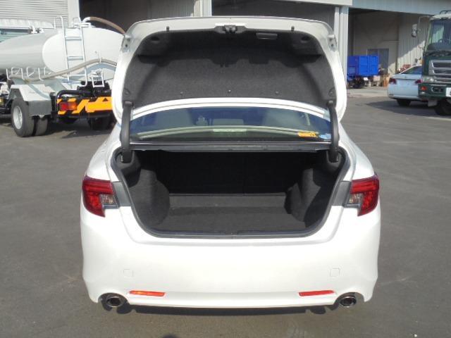 250G Fパッケージ ワンオーナー車・メモリーナビ・地デジフルセグTV・DVD再生・Bluetooth・純正キーレス・オートAC・HIDヘッドライト(32枚目)