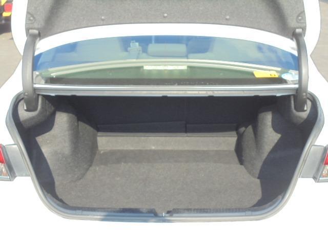 250G Fパッケージ ワンオーナー車・メモリーナビ・地デジフルセグTV・DVD再生・Bluetooth・純正キーレス・オートAC・HIDヘッドライト(33枚目)