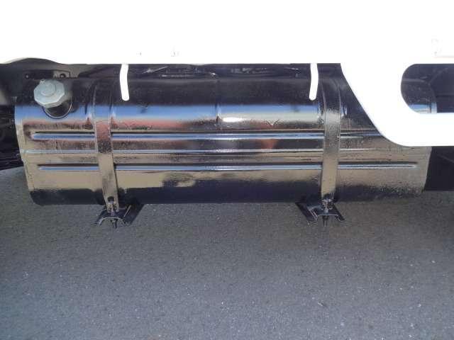0.85t平ボディ フル装備 ETC オートマ 車検整備付き(17枚目)