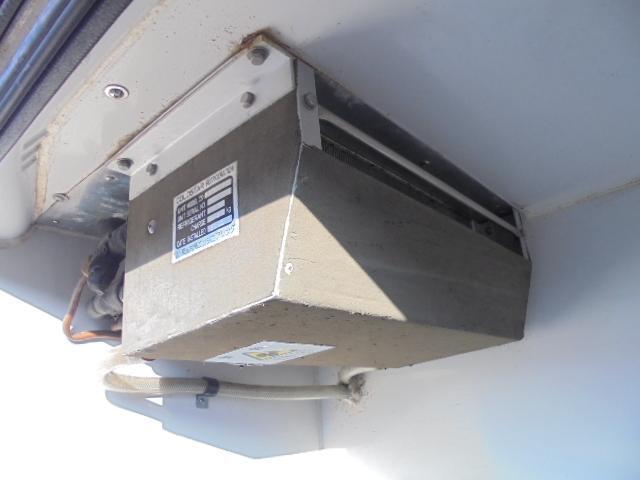 日産 キャラバン 一部冷凍車