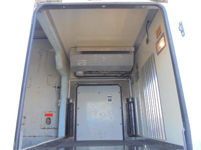 三菱ふそう キャンター 1.35t 一部冷凍冷蔵車