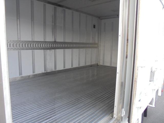 2.0t -30度冷凍車(5枚目)