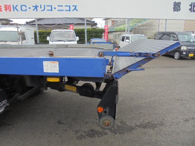 三菱ふそう キャンター 3.25tフルフラット積載車