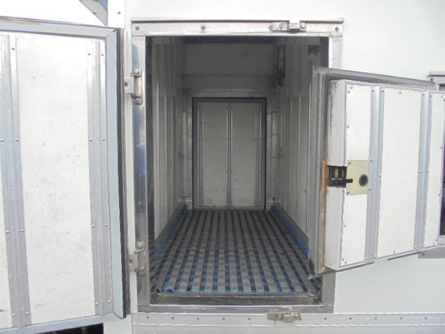 2.0t 低温冷凍車 スタンバイ付き ETC 5速マニュアル(5枚目)