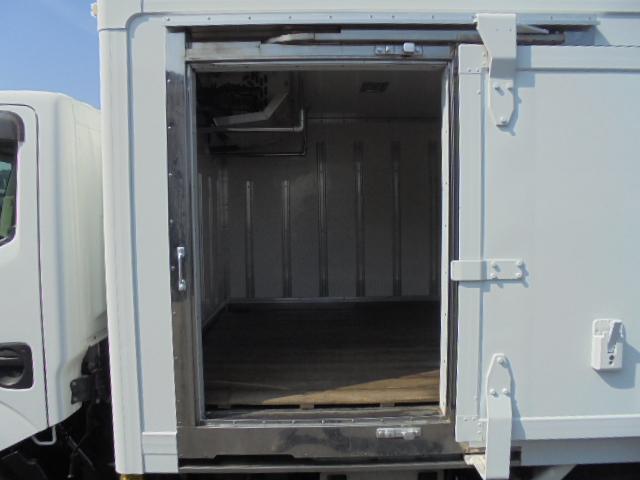 冷凍冷蔵庫 マイナス30度 5速ミッション 3ペダル(6枚目)