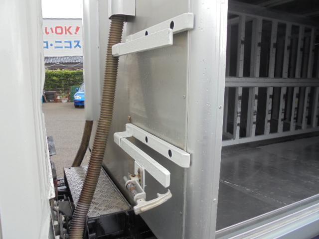 2.0t ボトルカー DPR車 ハイブリッドディーゼル(4枚目)