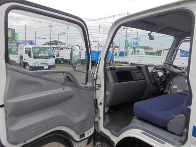 三菱ふそう キャンター 1.25t Wキャブ4WD HDDナビTV 6人乗り