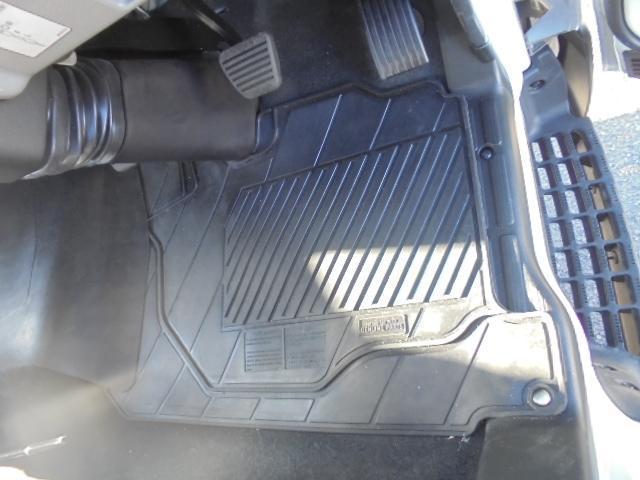グー鑑定車 3.3t フラトップ積載車 ラジコン(15枚目)