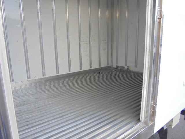 2.0t ディーゼル 冷蔵冷凍車 スタンバイ付き(5枚目)
