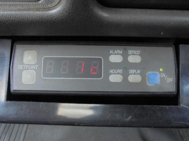 冷蔵冷凍機設定温度-5〜+25度 液晶表示不良です。