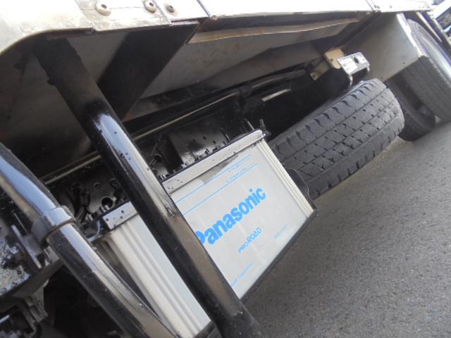 平ボディ・ダンプ・パワーゲート・クレーン・冷凍冷蔵車等の他。バキュームカー・散水車・高所作業車・積載車等、特殊車の仕入れにもこだわり、皆様のお仕事の即戦力となるべく「はたらく車」を、ここ宮崎から全国へ