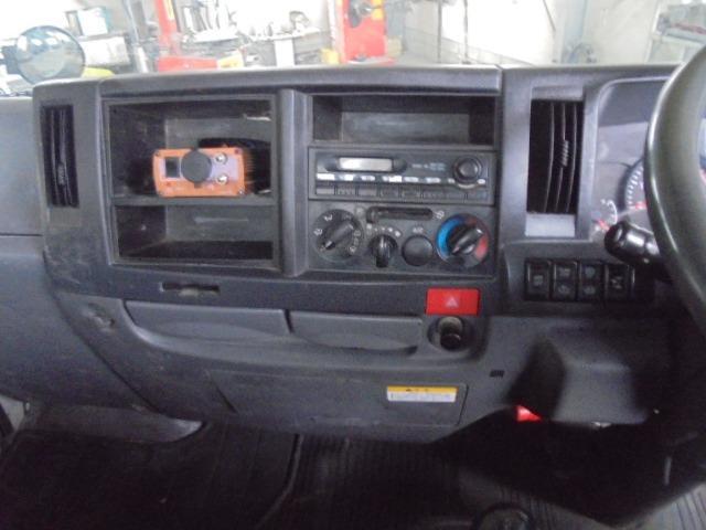 2.0tディーゼル・低床平ボディ・5速ミッション・集中ドアロック・左電動格納ドアミラー(17枚目)