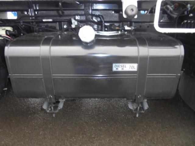3.0tディーゼル 低床強化ダンプ 走行距離184km 衝突被害軽減ブレーキサポート レーンアシスト 荷台あおりコボレーン付き 左側電動格納ミラー キーレス(35枚目)