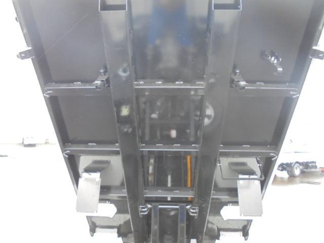 3.0tディーゼル 低床強化ダンプ 走行距離184km 衝突被害軽減ブレーキサポート レーンアシスト 荷台あおりコボレーン付き 左側電動格納ミラー キーレス(41枚目)