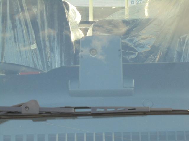 2.0tディーゼル Wキャブ 走行距離137km 衝突被害軽減ブレーキサポート レーンアシスト 車両安定制御装置付き 5速マニュアル車 キーレス(10枚目)