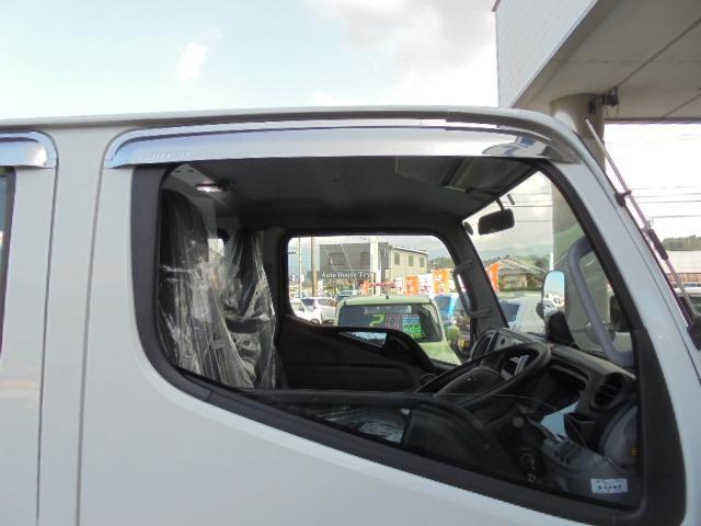 2.0tディーゼル Wキャブ 走行距離137km 衝突被害軽減ブレーキサポート レーンアシスト 車両安定制御装置付き 5速マニュアル車 キーレス(13枚目)