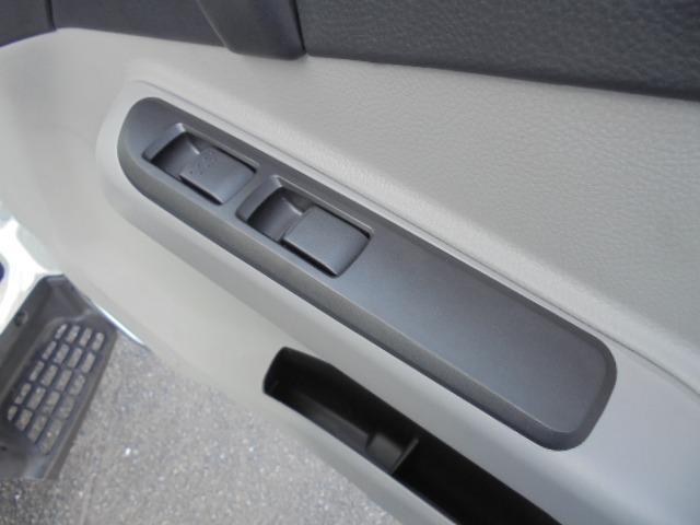 2.0tディーゼル Wキャブ 走行距離137km 衝突被害軽減ブレーキサポート レーンアシスト 車両安定制御装置付き 5速マニュアル車 キーレス(18枚目)