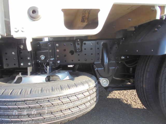 2.0tディーゼル Wキャブ 走行距離137km 衝突被害軽減ブレーキサポート レーンアシスト 車両安定制御装置付き 5速マニュアル車 キーレス(43枚目)