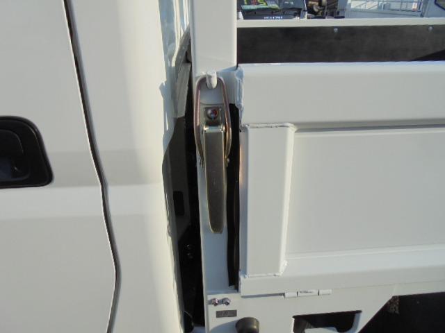 2.0tディーゼル Wキャブ 走行距離137km 衝突被害軽減ブレーキサポート レーンアシスト 車両安定制御装置付き 5速マニュアル車 キーレス(46枚目)