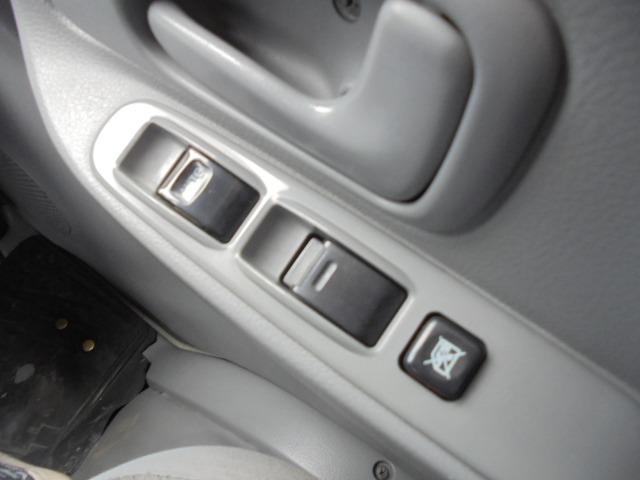 2.0t アルミバン ディーゼル 5速マニュアル車 集中ドアロック付き ETC 3人乗り エアコン パワステ パワーウインドウ(13枚目)