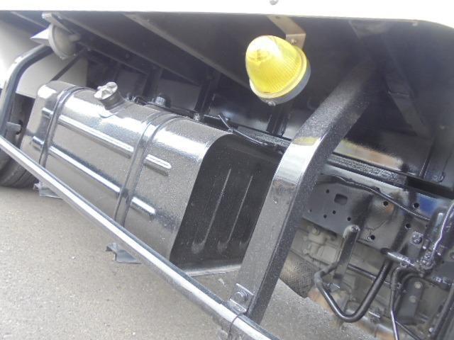2.0t アルミバン ディーゼル 5速マニュアル車 集中ドアロック付き ETC 3人乗り エアコン パワステ パワーウインドウ(28枚目)