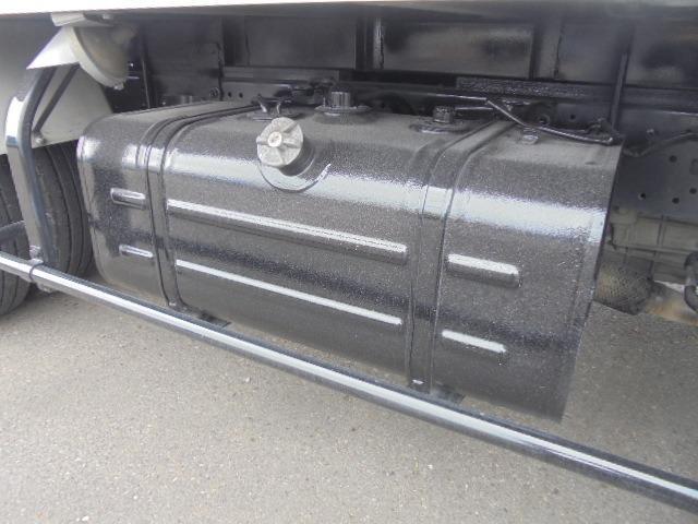 2.0t アルミバン ディーゼル 5速マニュアル車 集中ドアロック付き ETC 3人乗り エアコン パワステ パワーウインドウ(29枚目)