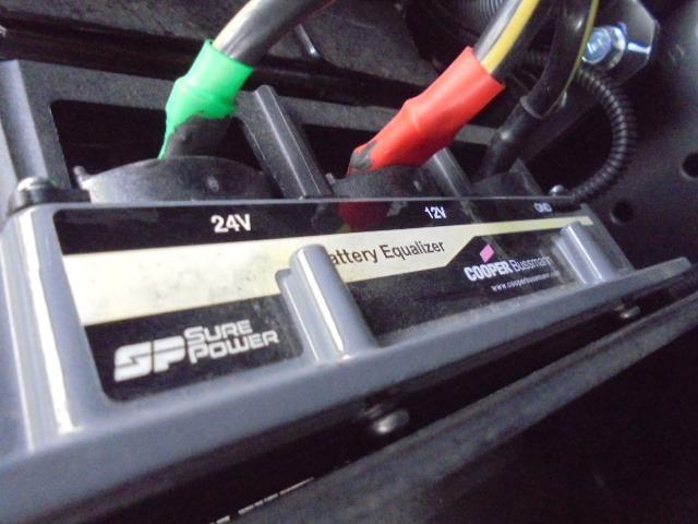 3.25t ディーゼル フラトップ積載車 衝突被害軽減ブレーキサポート 車線逸脱警報装置 車両安定制御装置 上物ラジコン付き メッキパーツ キーレス 5速マニュアル車(43枚目)