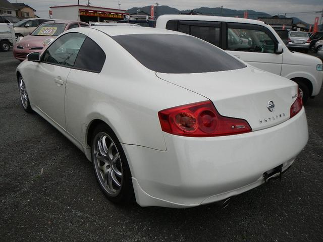 350GT プレミアム 純正ナビ HID 電動シート(8枚目)